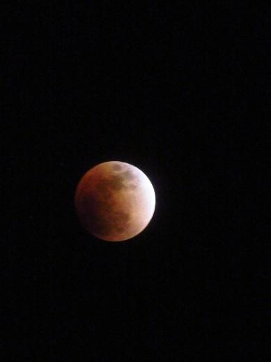月食21:50.jpg